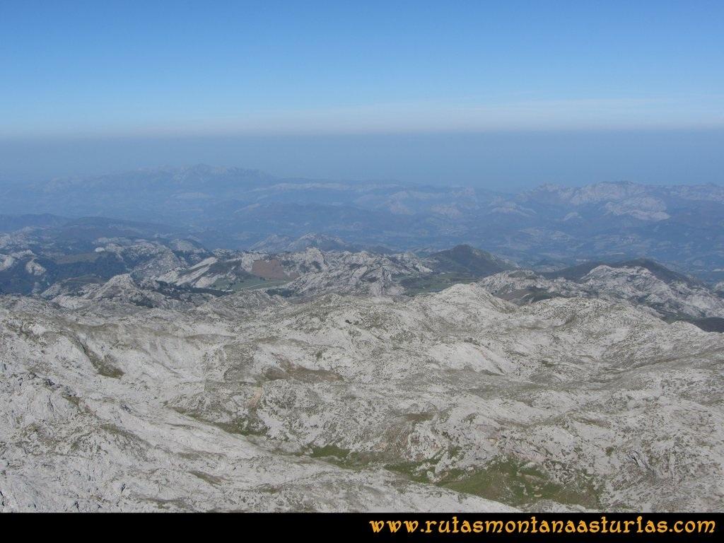 Ruta Ercina, Verdilluenga, Punta Gregoriana, Cabrones: Vista desde la Verdilluenga del Lago Ercina