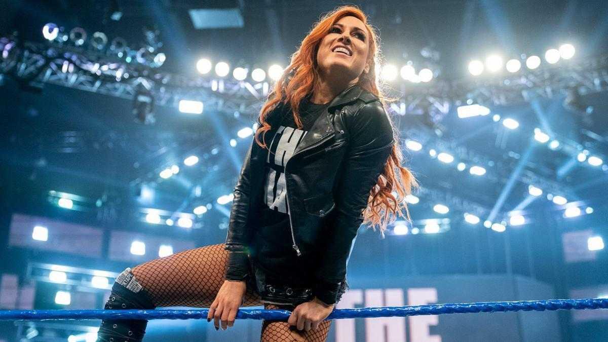 Retorno de Becky Lynch à WWE ainda deve demorar