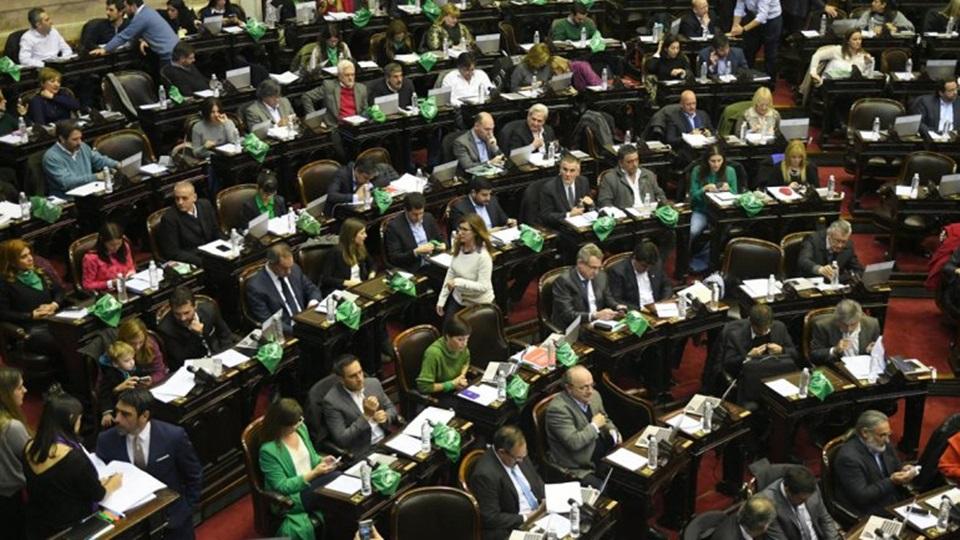Diputados aprobaron el aborto legal