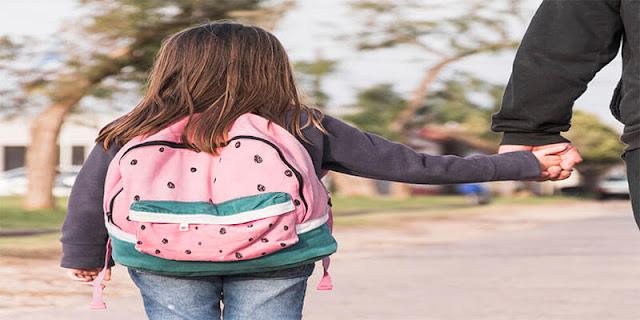 أسباب تجعل طفلك عنيد ولا يحب الدراسة