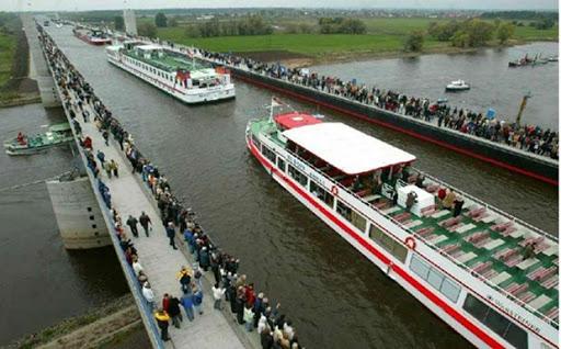 Pesona jembatan magdeburg