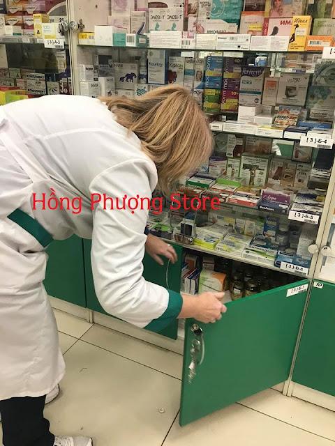 Hình ảnh đi lấy thuốc cho khách tháng 11 năm 2019