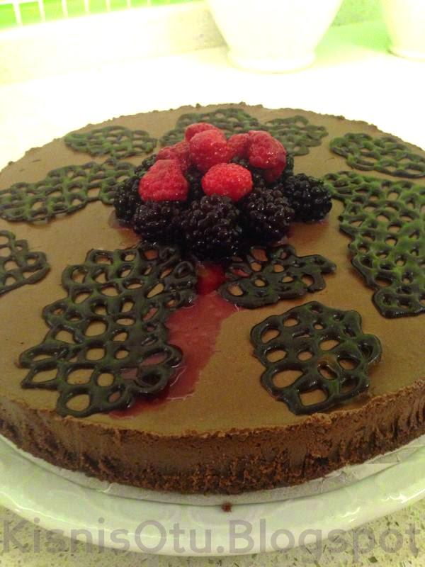 çikolatalı tarifler, cheesecake tarifi, çikolatalı cheesecake tarifi, kolay tarifler, kolay pasta tarifleri