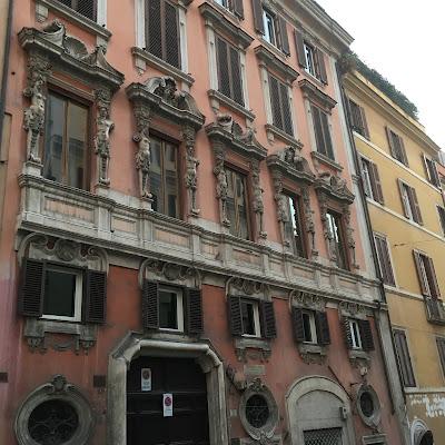Palazzo dei Pupazzi
