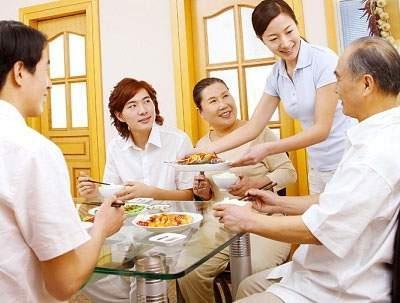 Cách ăn uống tốt cho người cao tuổi