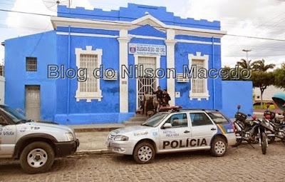 EXU-PE: Dupla é apreendida com maconha durante abordagem policial