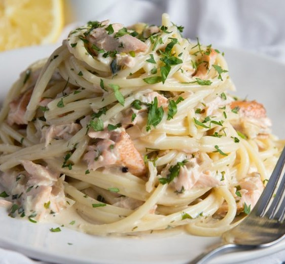 Salmon Pasta in a Creamy Dill Sauce #dinner #seafood
