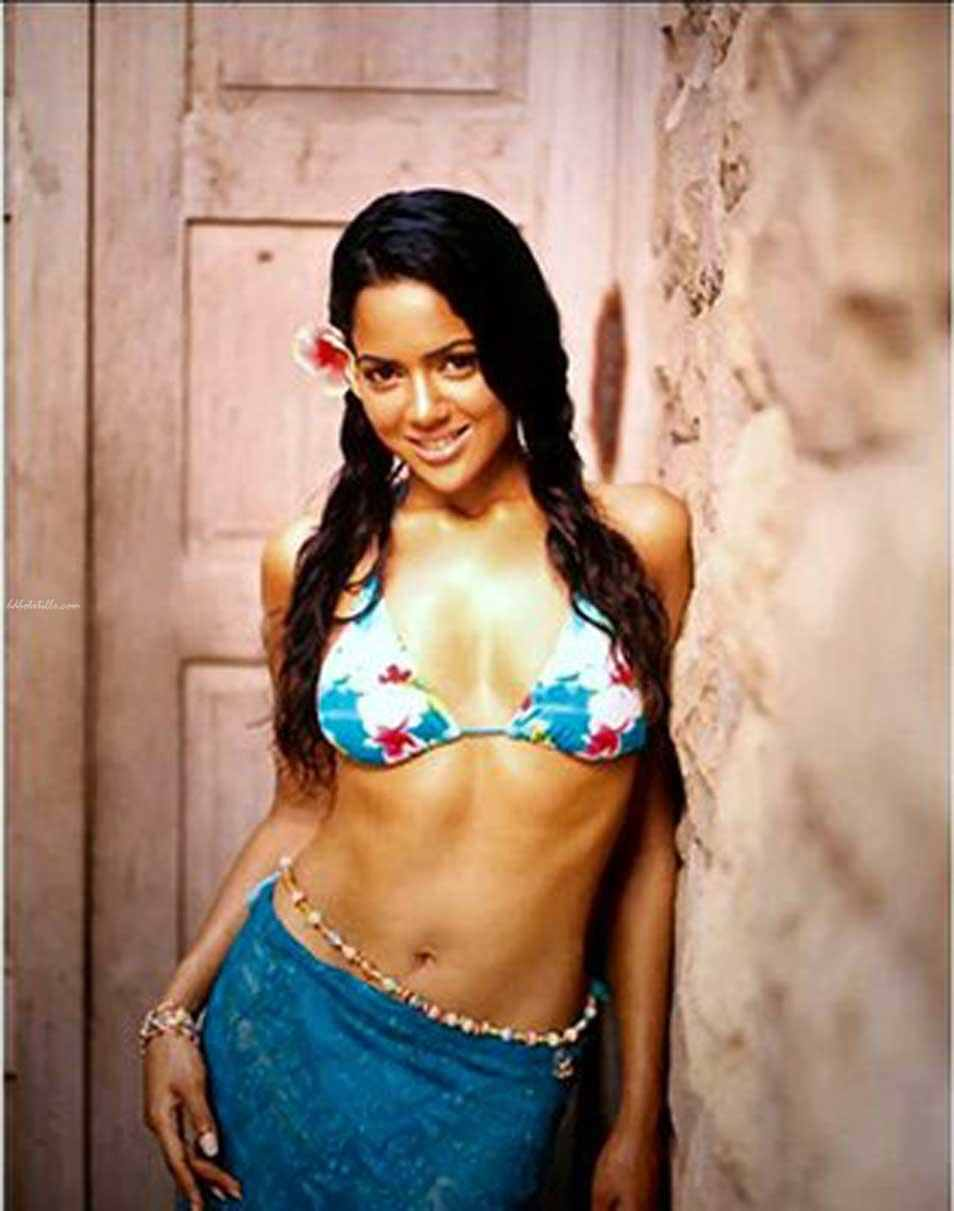Fat sameera reddy nude photos
