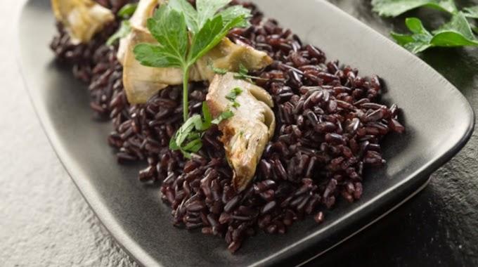 Selain untuk Diet, Ini 11 Manfaat Beras Hitam yang Bisa Kamu Coba