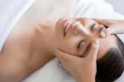Tujuh Manfaat Facial Massage, Cegah Penuaan Hingga Samarkan Luka