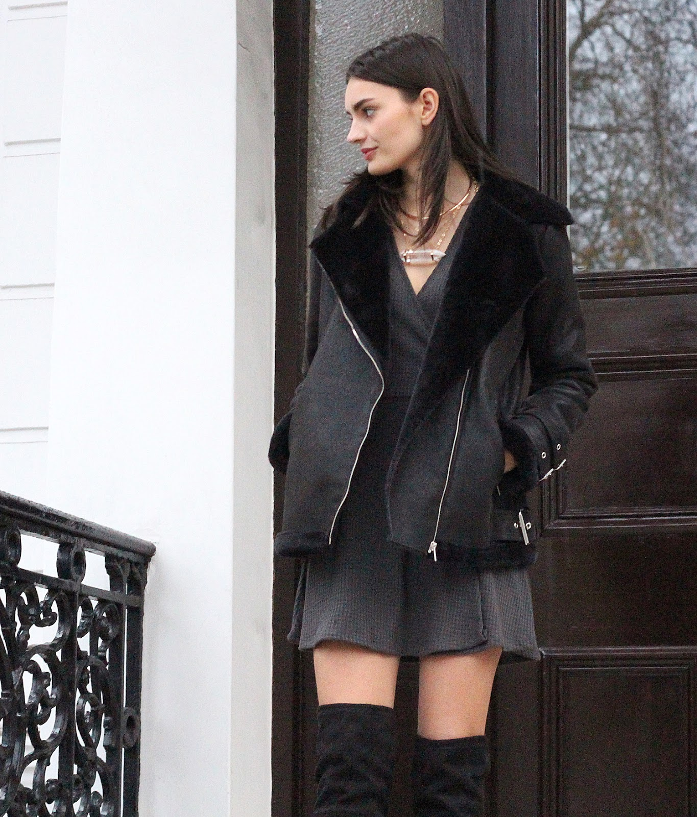 peexo fashion blogger wearing black aviator jacket from missguided