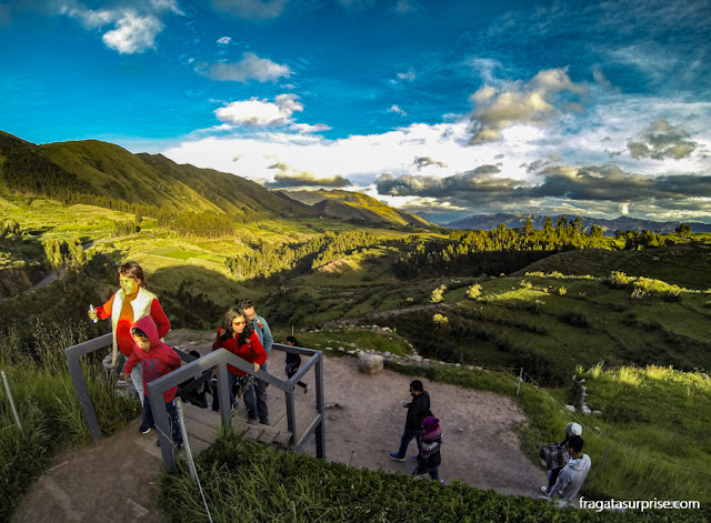Sítio arqueológico de Puka-Pukará, Cusco, Peru