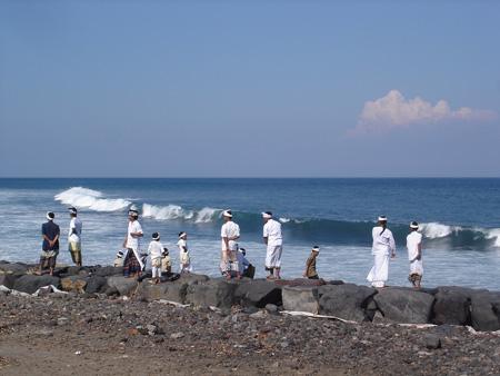 Pantai Jasri wisata eksis