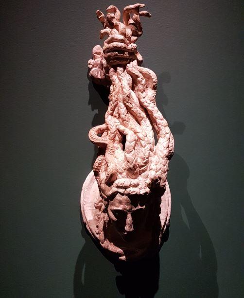 Antoine Bourdelle - Marteau de porte en tête de méduse. 1925. Plâtre. Musée Bourdelle