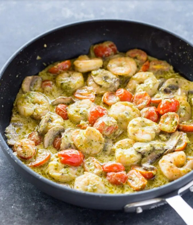 Creamy Garlic Pesto Shrimp