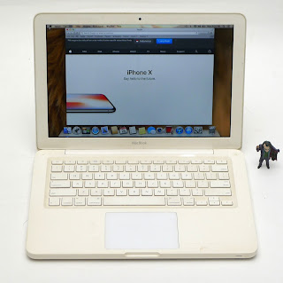 MacBook White Core2Duo ( 13-inch ) NVIDIA Bekas