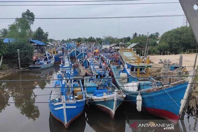Lebaran Pertama Sudah Usai Namun Ratusan Kapal Nelayan Aceh Timur Belum Melaut