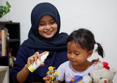 Pembersih mainan anak