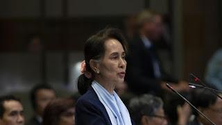 gelar kehormatan aung san suu kyi dicabut