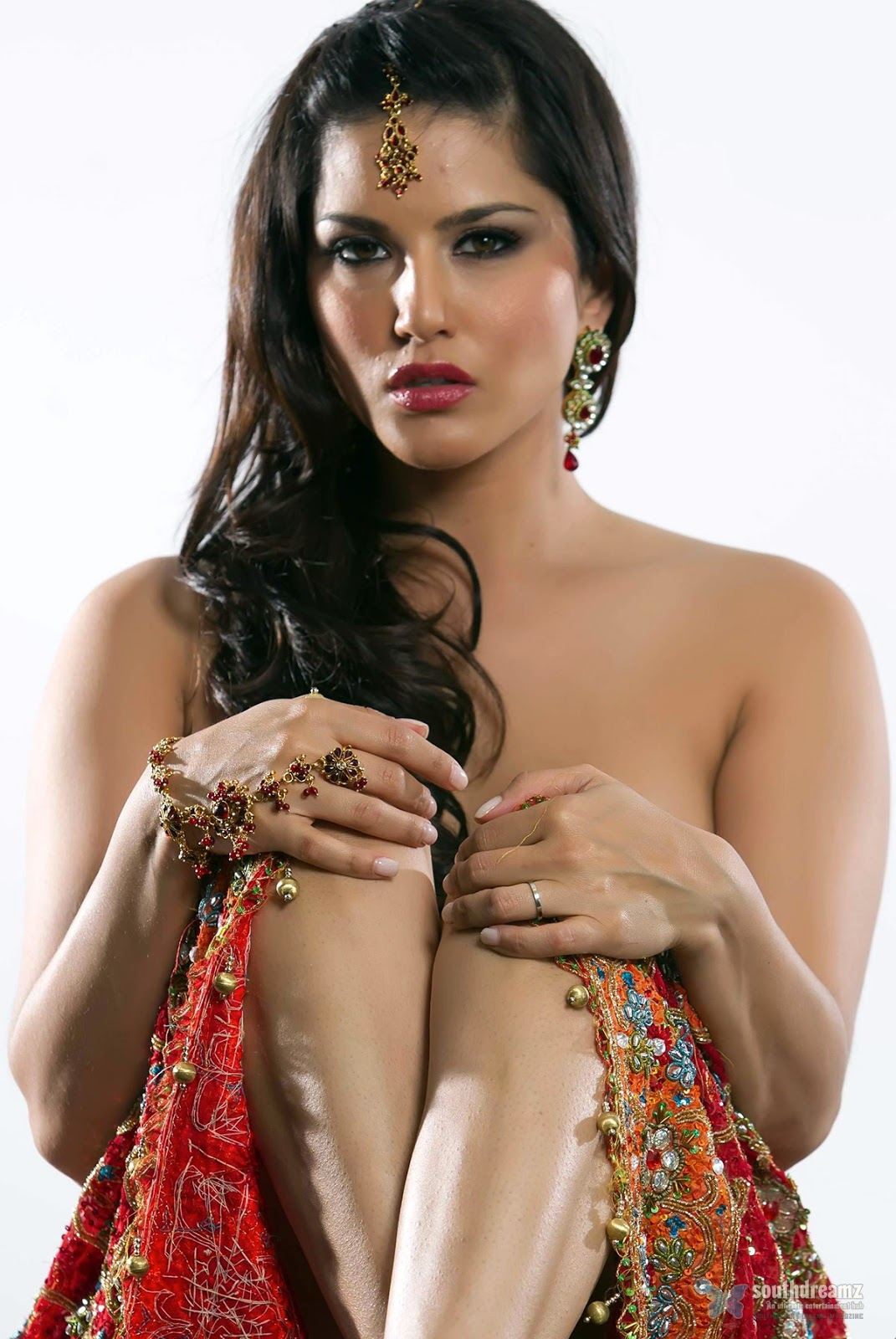 Sunny Leone In Saree Collections,Hot Wallpaper,Sexy  Fliqy-7963