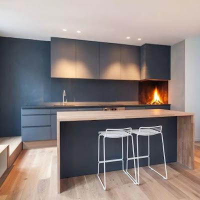 Simple and sleek kitchen bar design
