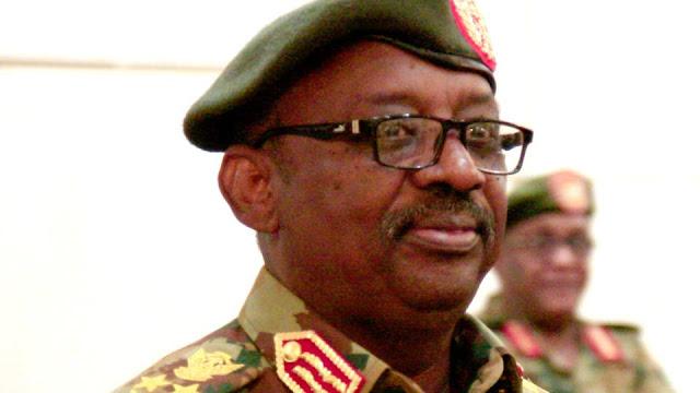 تفاصيل وفاة وزير الدفاع السوداني جمال عمر