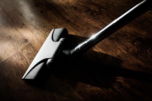 aspirapolvere-scopa elettrica-pulizia-casa