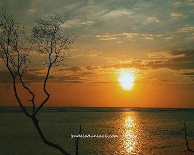 Pantai Kade Tigo, Destinasi Wisata Andalan Kota Barus
