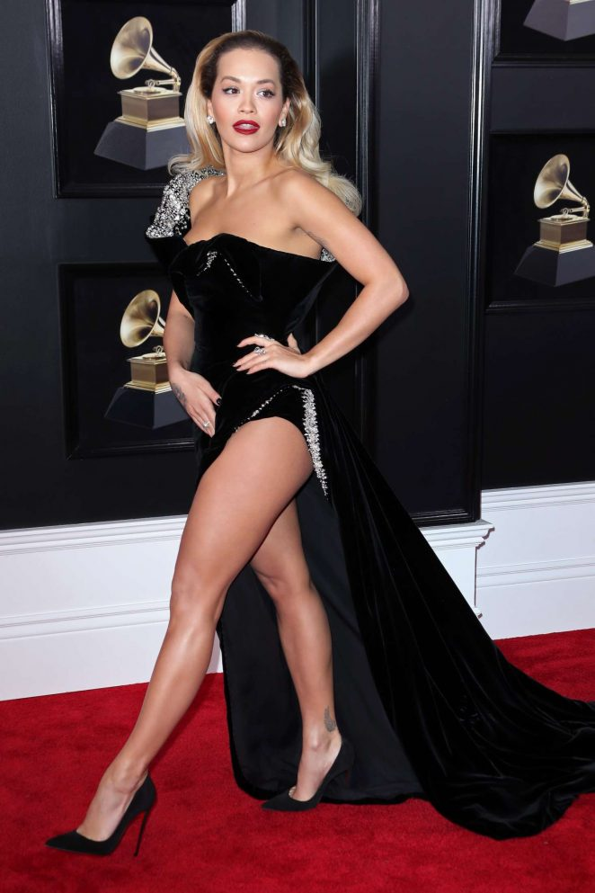 Rita Ora suffers a wardrobe malfunction at the 2018 Grammy Awards