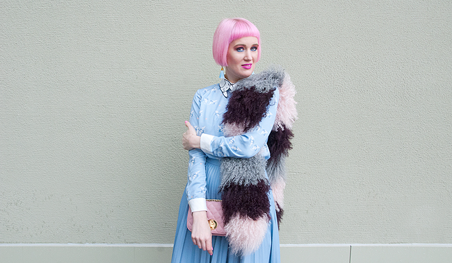 baby blue look, sheepskin scarf, winter outfit