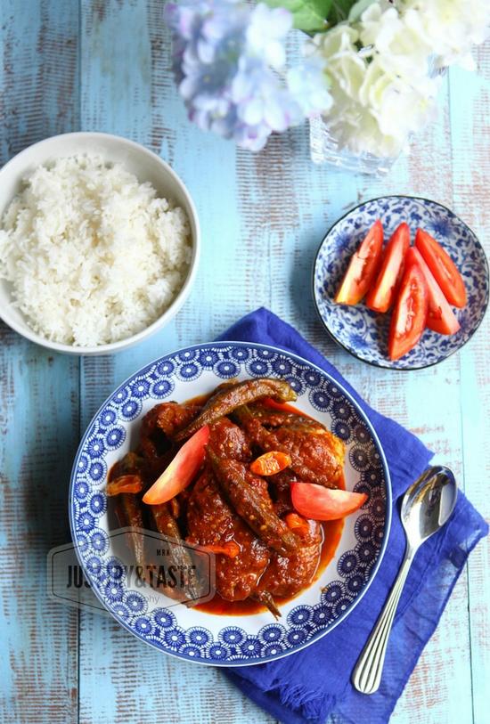 Resep Nyonya Ikan Asam Pedas dengan Okra