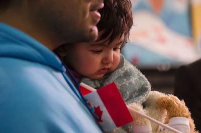 لم شمل العائلات المتواجدة خارج كندا، إعلان من دائرة الهجرة الكندية IRCC.