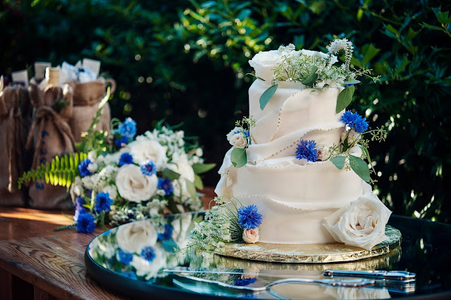Bakeries That Make Wedding Cakes