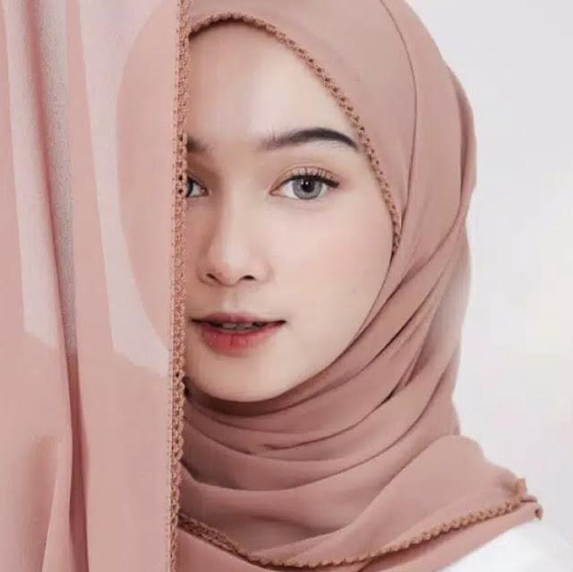 Crochet hijab detail