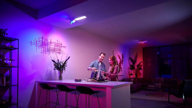 Philips Hue apresenta novas lâmpadas e luminárias