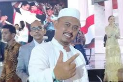 Kocak! Jokowi Niru Minta Pendukung   Berbaju Putih, PA 212: Kotak - Kotaknya Sudah Luntur?