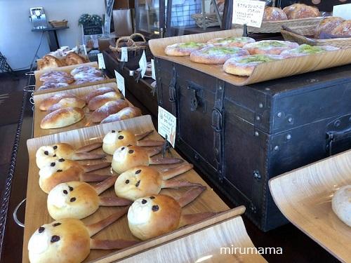 パンの陳列2