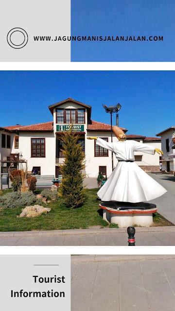 Mengunjungi Mevlana Museum di Kota Konya