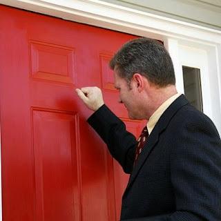 Ai grijă cine îți intră primul în casă pe 1 ianuarie