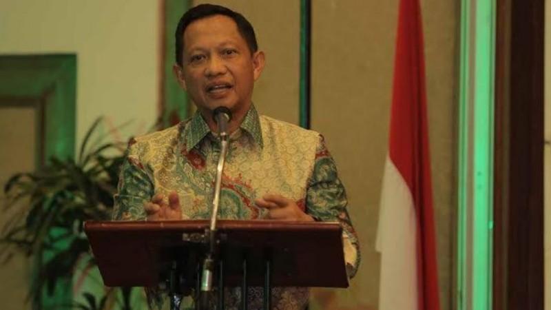 Komjen Tito Karnavian, calon tunggal Kapolri yang diajukan Jokowi