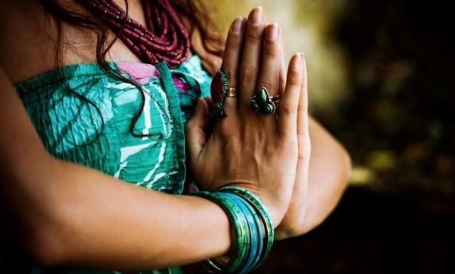 La queja trae pobreza, la gratitud abundancia