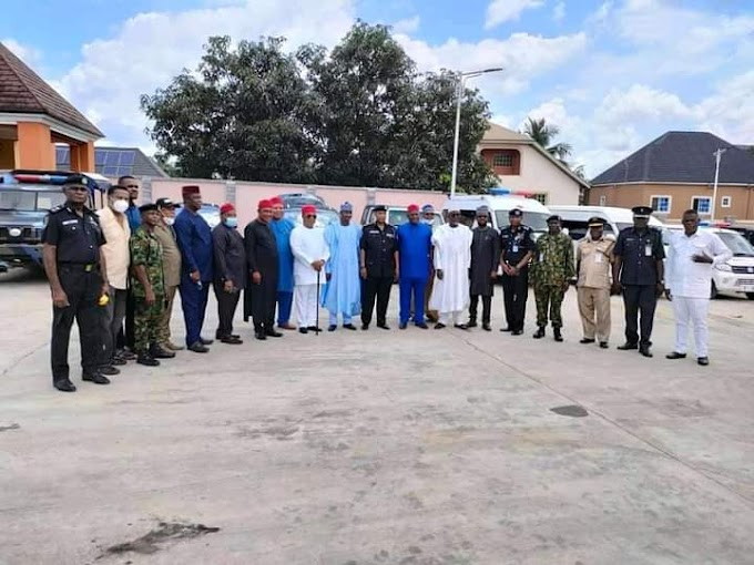 THE MINISTER OF POLICE VISITED THE NIGERIA FIRST INDIGENOUS VEHICLE MANUFACTURING COMPANY ( IVM) IN ANAMBRA STATE.