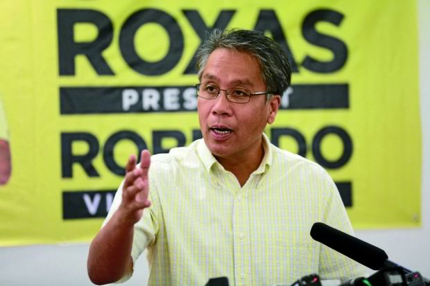 'Roxas generals?' Mar denies ties with accused top cops