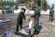 Kodim 1415 Selayar Laksanakan Tabur Bunga di Makam Taman Pahlawan Barugaia