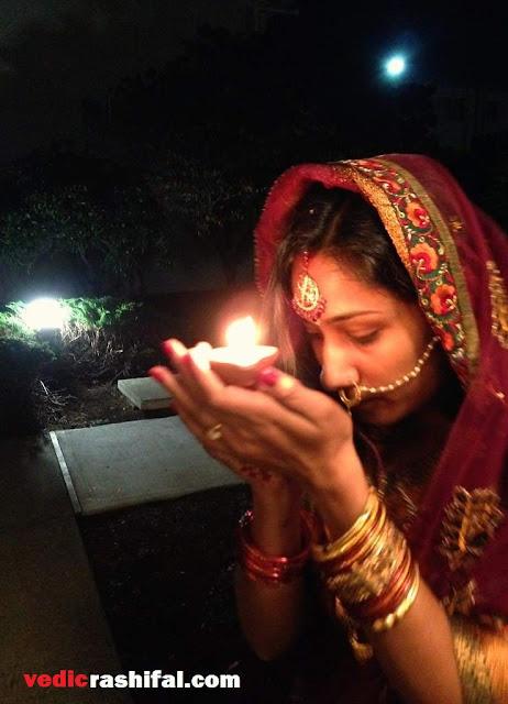 karwa-chauth-vrat-katha-hindi
