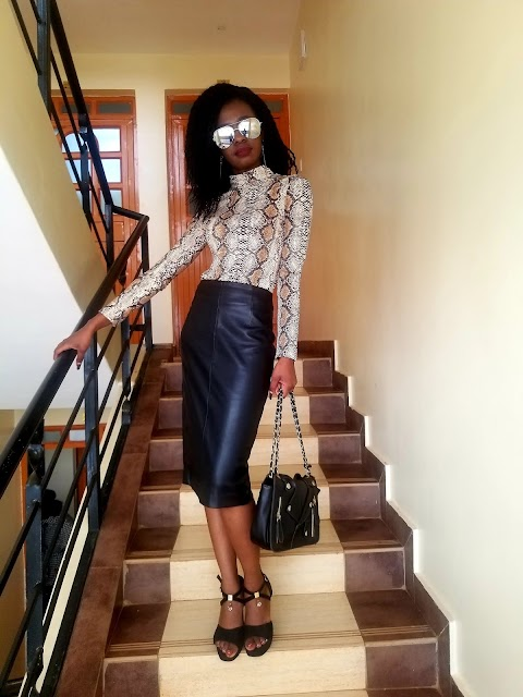 What To Wear With A Snakeskin Top