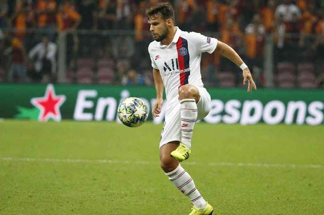 Juan Bernat Transfer news today