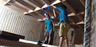 Đóng gỗ cho nhà yến