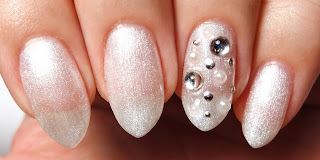 Shimmery Pearl Nails