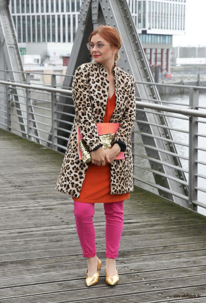 Trend Outfit mit Leo Print, wie trägt man Leo Look klassisch